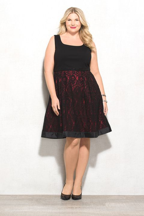 Luxe by Carmen Marc Valvo Plus Size Embellished Lace Dress