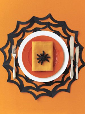 jednoducho Spooky How-to: Spiderweb Placemat