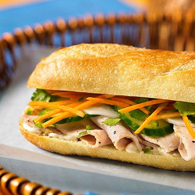 vietnames turkey sandwich