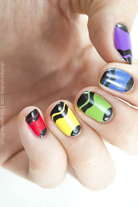 กลับ to school nails