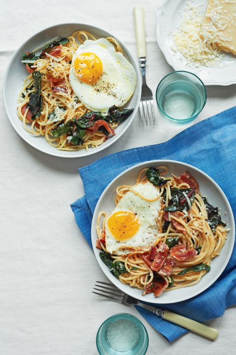 špagety with bacon eggs swiss chard