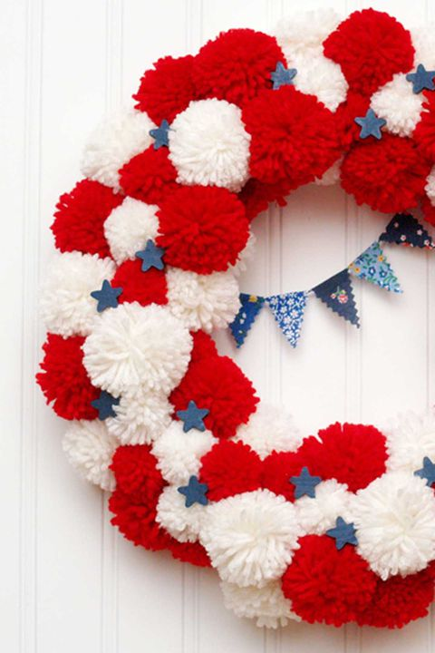 4. mesto of july wreaths